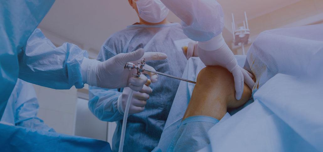 Praxisklinik Stadthagen: Arthrosetherapie - Injektionstherapien mit Hyaluronsäure und ACP (Eigenblut), Laserneedling