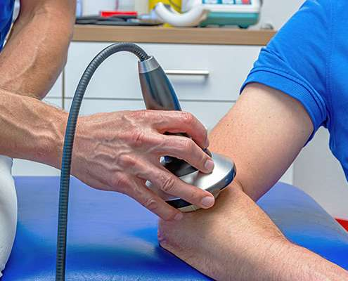 Konservative Behandlung: Praxisklinik für Stoßwellentherapie
